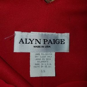 Alyn Paige Dresses - Alyn Paige Red dress w/ matching scarf Sz 5/6